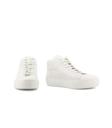 RIKE - WHITE BUFFED SOLE